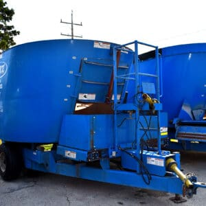 Used PATZ 500 Trailer Mixer for sale.
