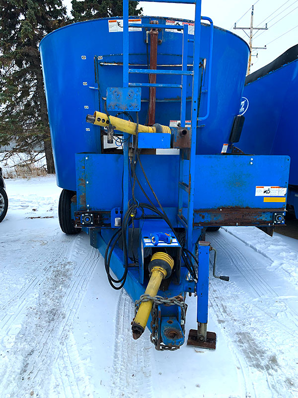 Used PATZ 500 Trailer Mixer front hitch.